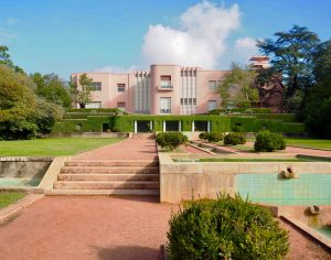 Serralves Pink House